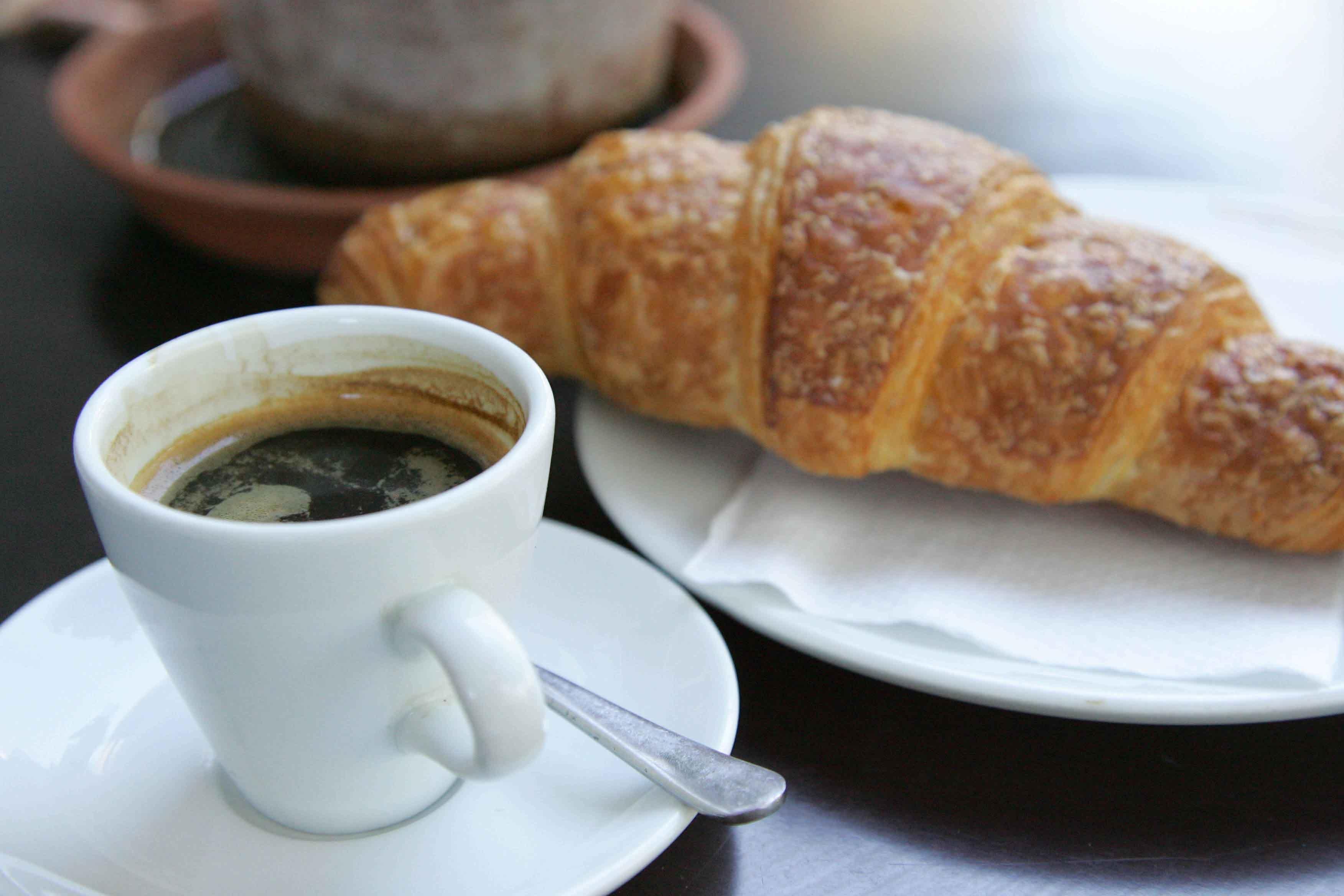 WEB - Coffee & Croissant