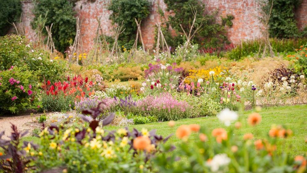 WEB - Kelmarsh Gardens 3