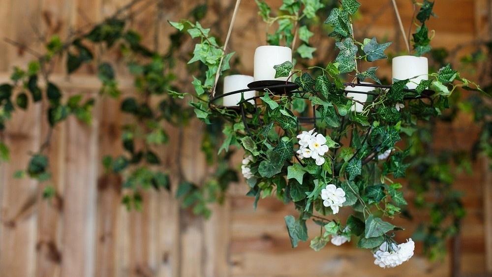 WEB Wedding greenery-926870-edited