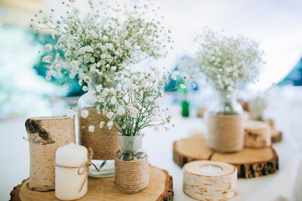 WEB Wedding rustic centrepieces.jpg