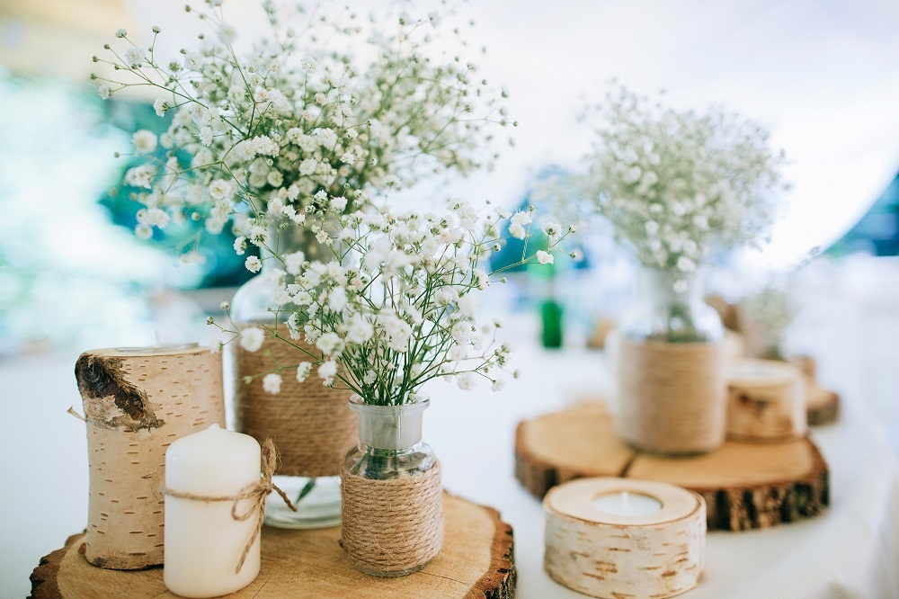 WEB Wedding rustic centrepieces.jpg