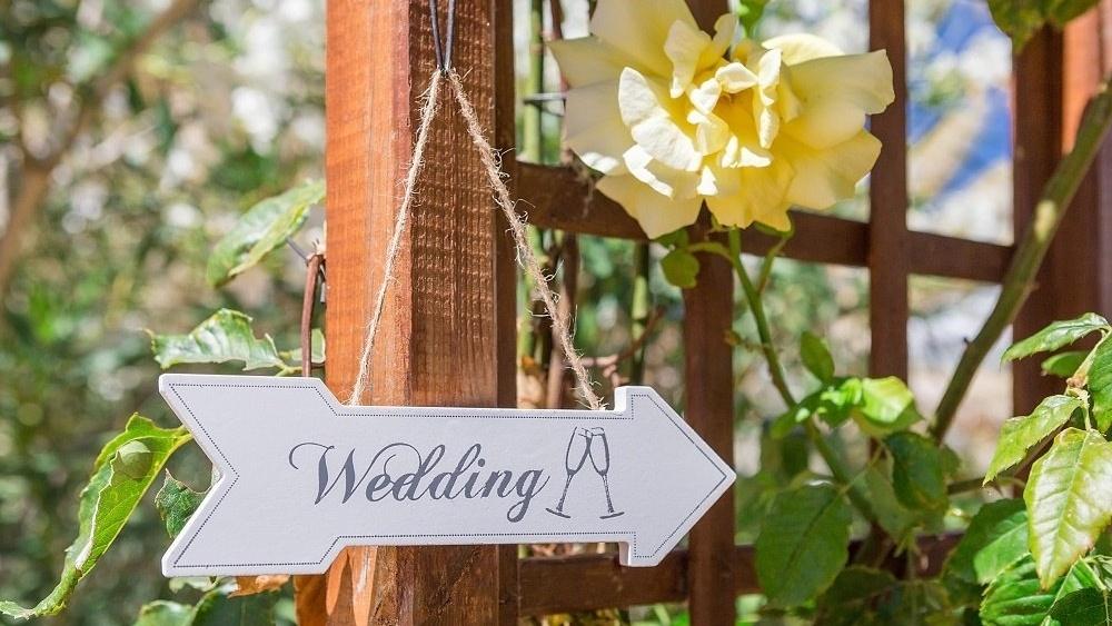WEB Wedding sign-284313-edited