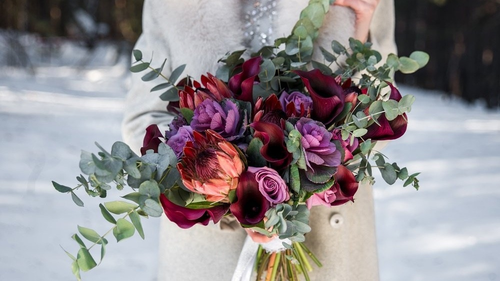 WEB Winter wedding flowers-216181-edited