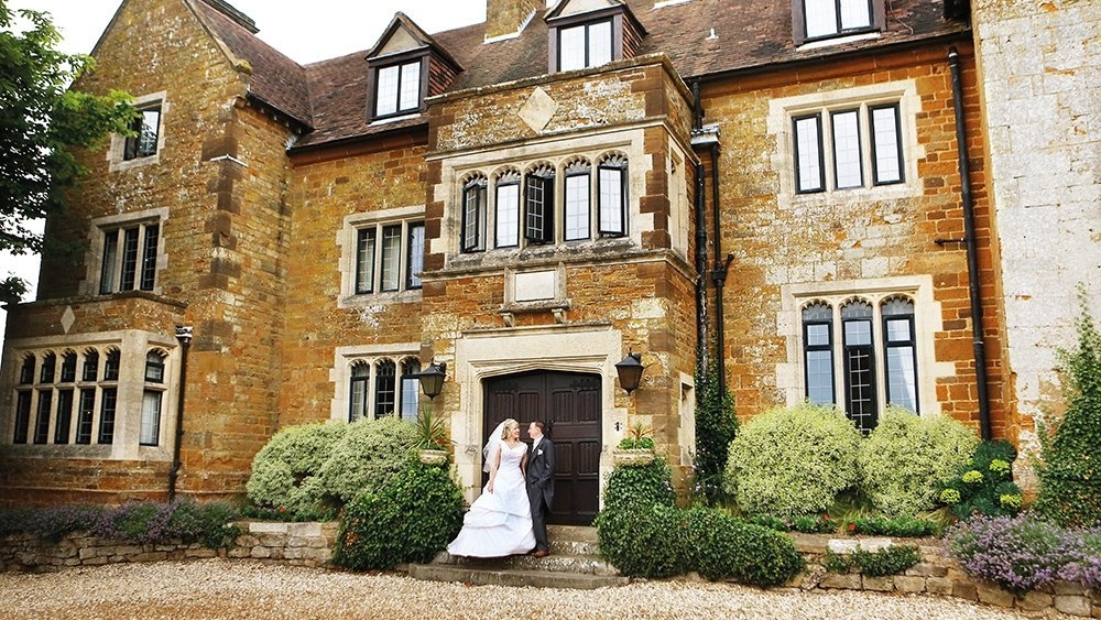 WEB - Highgate House Wedding - External Couple (2)-871452-edited