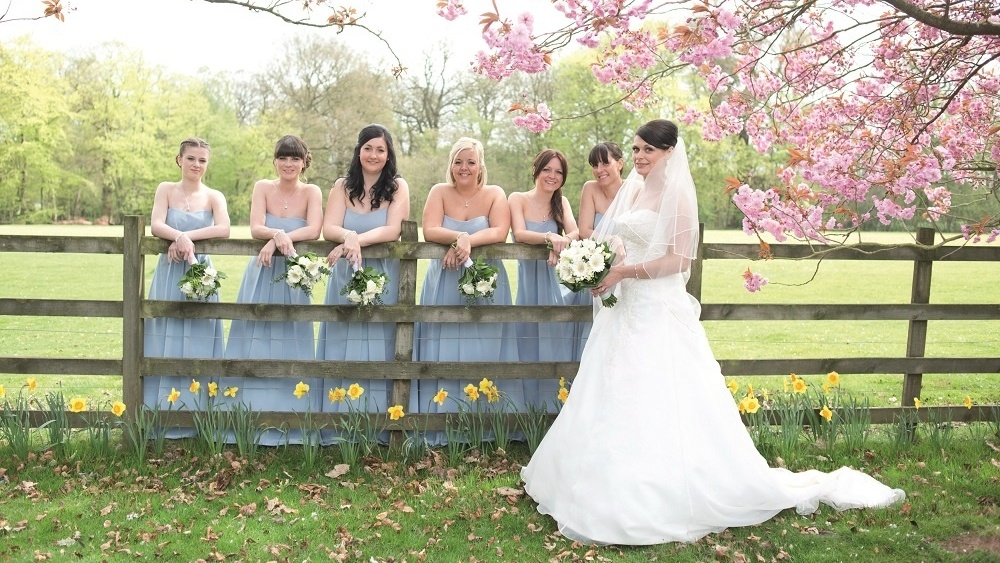 WEB - Woodside Wedding - Garden Group (3)-463095-edited