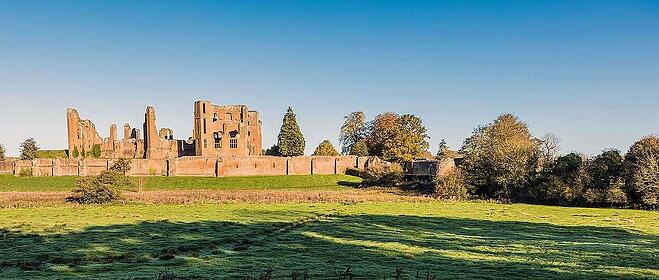 kenilworth-castle-distant-view